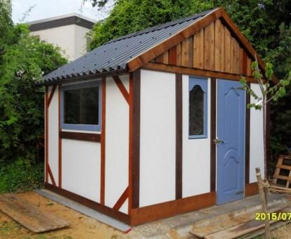 Beispiel: Holzhaus 3,5 x 3,5 m für Sittichzucht